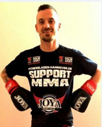 Daniel support MMA
